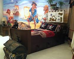 Pirateship Theme Bedroom With Wall Murals