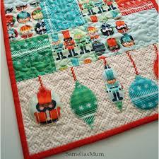 25 free quilt patterns and tutorials tablerunner from samelas mom
