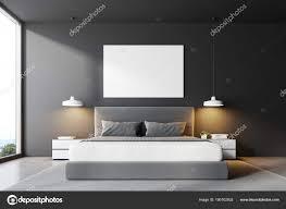 Graue Schlafzimmer Bett Vorderansicht Poster Stockfoto
