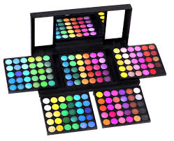 shany 180 color eyeshadow palette giveaway