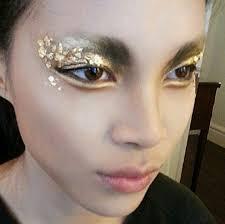 gold leaf eye makeup