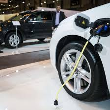The Electric Car Industry Is Going to Make You Love Them | VICE News