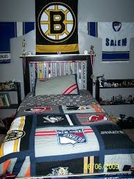 boston bruins bedroom where else could you get a better nights sleep than your own east boston bruins