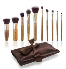 professional makeup brush set with premium synthetic hair best bamboo cosmetic brushes for eye face and blending foundation includes travel case holder