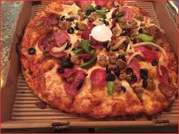 table a pizza génial king arthur s supreme medium picture of round table pizza lahaina