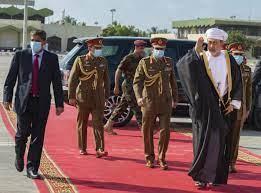 أزمة الديون وفاتورة كورونا تهددان حياد سلطنة عمان |