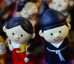 korea essay korean reunification korea photo essay  insadong cultural hub of seoul korea photo essay numerous cute korean figurines are on display at