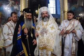 Image result for Dragnea si Patriarhul poze