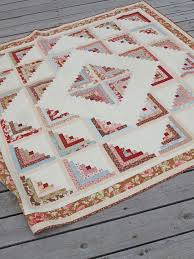 Best 25+ Log cabin quilts ideas on Pinterest | Log cabin quilt ... & Log Cabin - Sparkling Diamond version by Fig Tree quilts, made from a honey  bun and a charm pack plus background, border, etc. Inspiration for an afghan Adamdwight.com