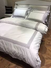 100 cotton 4pcs 60s sateen white embroidered hotel duvet cover with silver grey bed sheet