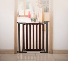 fred pressure fit wooden stairgate fred pressure fit wooden stairgate