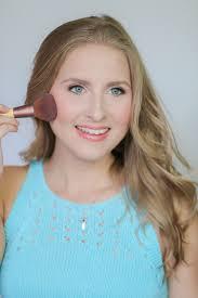 16 how to look good in photos makeup