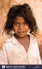 Una niña de la tribu Soliga de Karnataka Fotografía de stock - Alamy