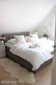 Tapete Grau Schlafzimmer Schlafzimmer Tapete Modern Invigorate