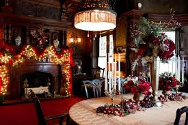 decorated in an old house in new york very well for christmas