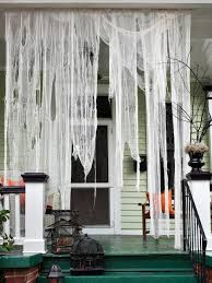 Outdoor Halloween Decorations for Kids | HGTV\u0027s Decorating ...