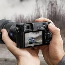 sony a6300. kamera mirrorless sony a6300 sudah bisa dipesan di blibli.com