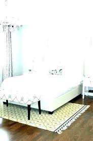 5x8 rug under queen size bed for area what best