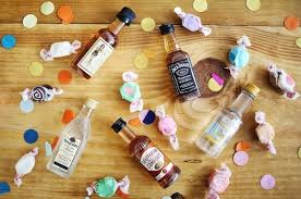 How To Decorate Empty Liquor Bottles 100 Amazing DIY Things You Can Do with an Empty Liquor Bottle Wow 72