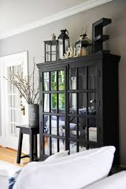 Living Room China Cabinet 25 Best Ideas About China Cabinet Decor On Pinterest Hutch