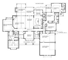 square 4 bedroom ranch house plans