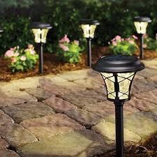 outdoor lighting trends solar landscape lighting