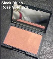 makeup blush rose gold