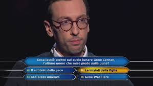 Chi vuol essere milionario?: Enrico Remigio, giovane manager, affronta la  fatidica domanda da 1 milione di euro! Video