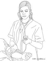 Nurse ckecking blood pressure coloring pages - Hellokids.com
