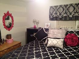 Navy And Grey Bedroom After My Navy And Hot Pink Bedroom W Light Grey Walls And White