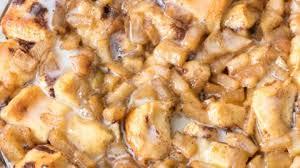 apple fritter cinnamon roll bake