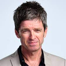 He was bought up in an irish catholic family to peggy and thomas gallagher.he has two brothers; Noel Gallagher Says He Refuses To Wear A Pointless Mask Despite Uk Laws Noel Gallagher The Guardian