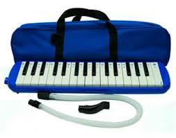 Untuk diketahui, satu angklung hanya bisa menghasilkan satu notasi saja. 16 Alat Musik Melodis Pengertian Contoh Beserta Gambarnya