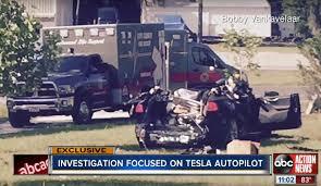 Tesla Model S Autopilot Crash Gets A Bit Scary Strong Signs