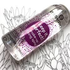 essence makeup fixing spray