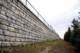 retaining wall design factor