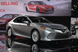 2018 toyota models. 2018 toyota camry hybrid two different battery packs u0027bestinclassu0027 fuel economy claimed models g