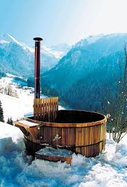 Cedar Nordic hot tub IN THE SNOW Storvatt ...