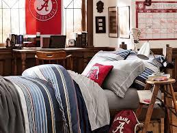 guy dorm room idea. guy dorm room idea