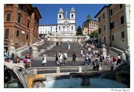 Die unregelmaessige anlage des architekten francesco de sanctis wimmelt meist von singenden, kuessenden oder einfach vor sich hindoesenden menschen. Rom Trevi Brunnen Spanische Treppe Santa Maria Maggiore Monte Pincio Piazza Del Popolo Kolosseum