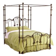 Find Out The Reasons Behind The Popularity Of Wrought Iron Beds ...