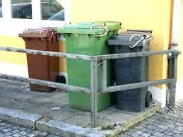 lockable trash can