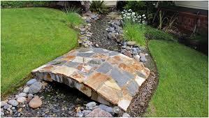 Japanese Style Garden Bridges A Small Garden Bridge For Your Japanese Garden Design Kikuchi