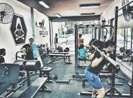 gym brigade specialised powerlifting and lifting for serious bulkers