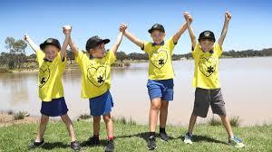Lake Albert student Latisha Peverell organises new Walk'n'Talk suicide  prevention program | The Daily Advertiser | Wagga Wagga, NSW