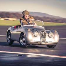 the s jaguar xk120 mini roadster1