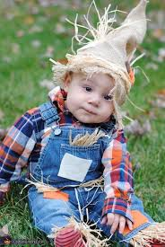 source 10 diy baby costumes baby costume baby customes baby ideas