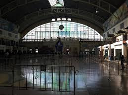 the impressive main hall at hua lamphong train station bangkok