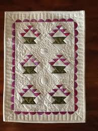 7 Fun Basket Quilt Patterns to Try & Mini Baskets Quilt Adamdwight.com