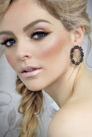 bridal make up eyeshadow shades to suit each eye colour 1